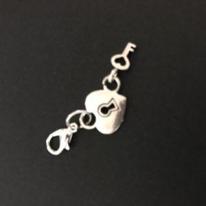 Silver locket and key midori travelers notebook charm
